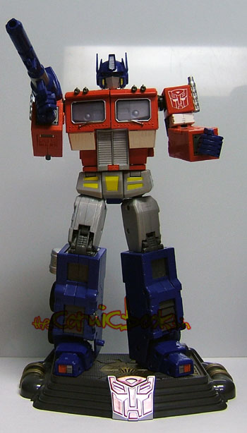 http://www.comicbookbin.com/artman2/uploads/1/optimus005.jpg