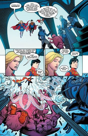 Supergirl_32_3_shrunk.jpg