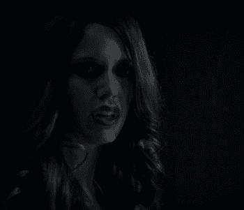 batwoman_s01e13_001_shrunk.png