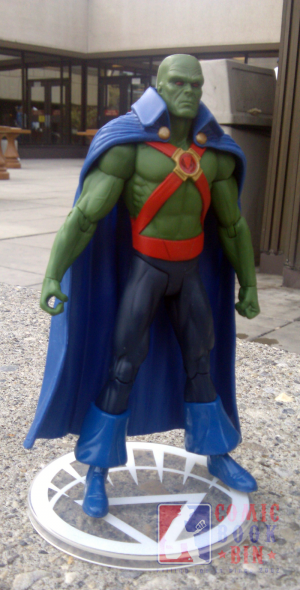 brightestdaymartianmanhunter02.png