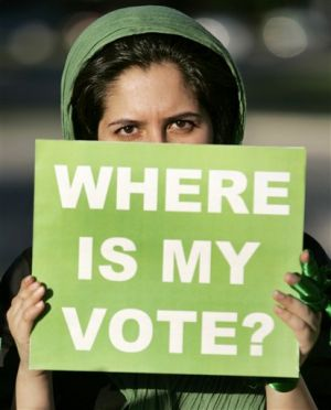 us-iran-election-protest-2009-6-18-22-22-21.jpg